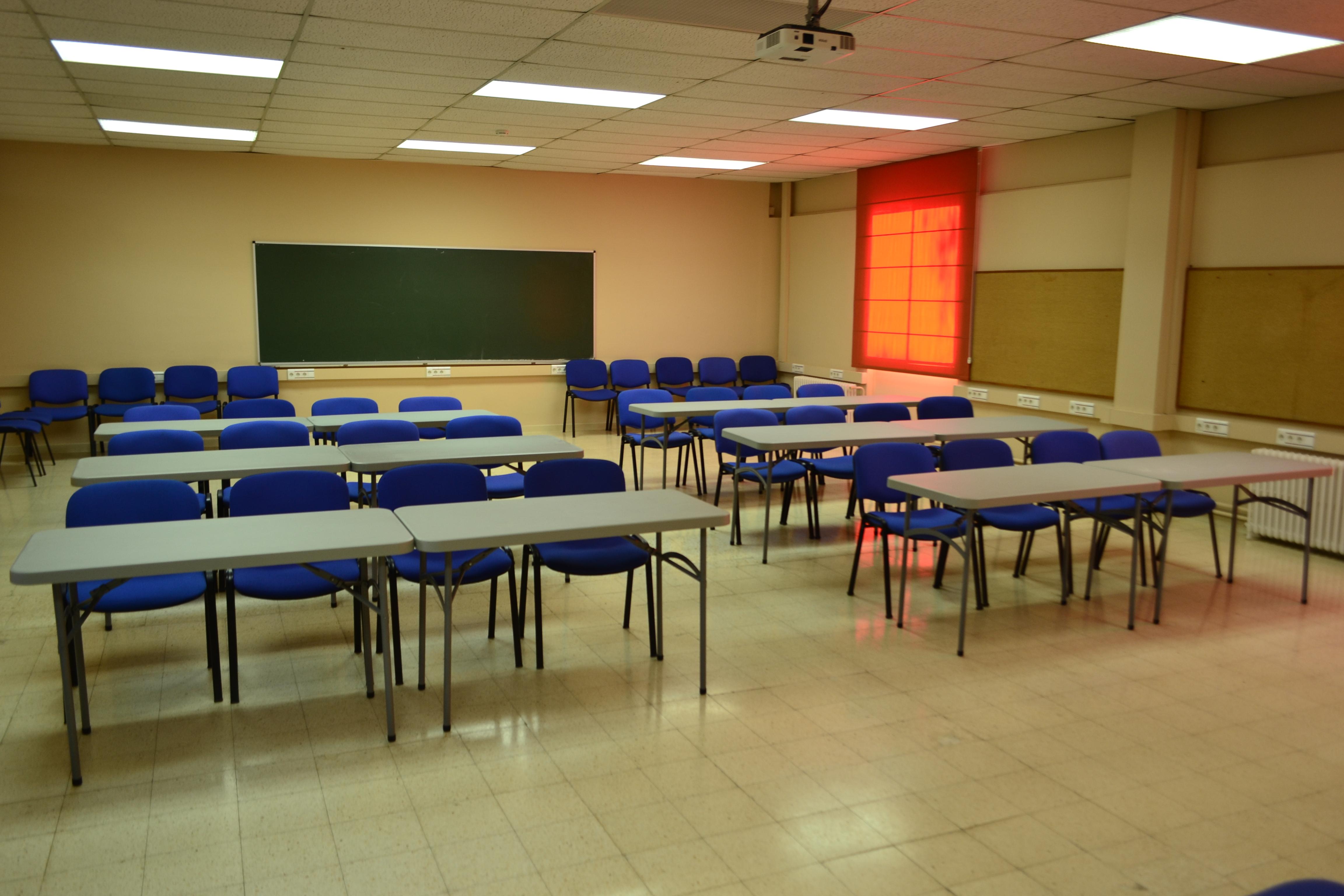 Sala 2210 Escola (2)